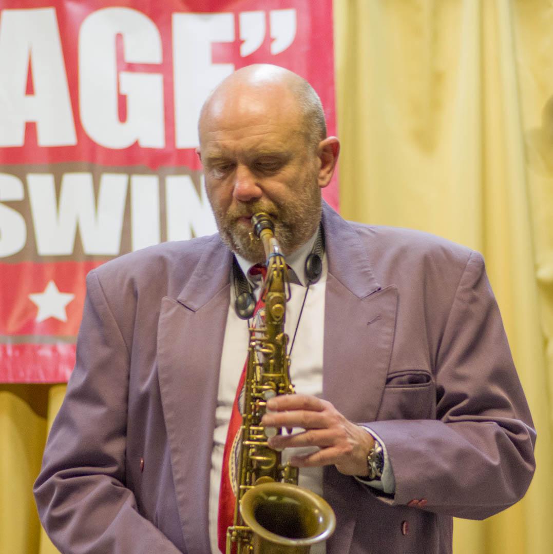 Luke Annesley – Alto Saxophone & Clarinet IMG_9062